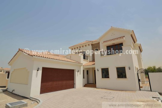 4 Bedroom Jumeirah Golf Estates Villas