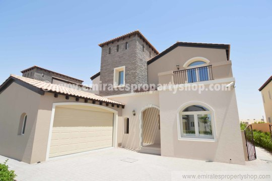 5 bedroom villa for rent in Sienna Lakes