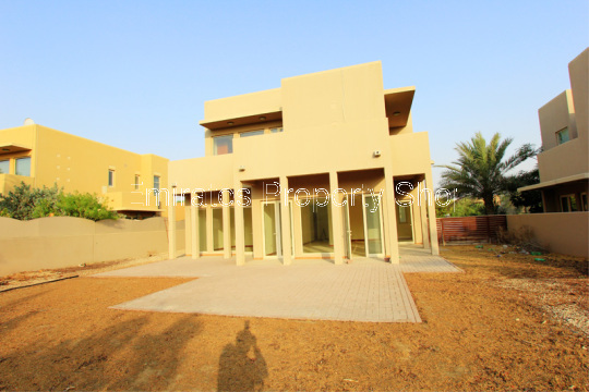 Large Plot Saheel Type 7 Villa For Sale 3 Bed plus Maids in Arabian Ranches