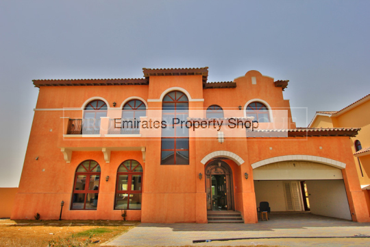 4 bedroom Villa in Jumeirah Golf Estates