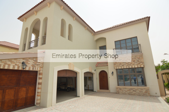 5 bedroom villa significantly reduced with golf views